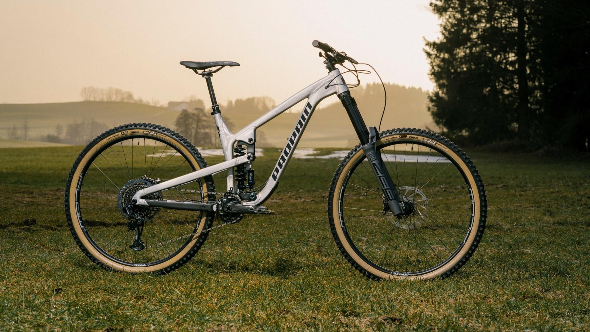 Bici mullet Propain Spindrift AL
